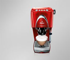 This will be my next purchase! A purple coffee machine made by Tchibo! Coffee Machine, Espresso Machine, Coffee Maker, Barista, Purple Kitchen, Latte Macchiato, Purple Love, Nespresso, Home Art