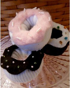 Made from upcycled socks, these Sock Donut Toys look like the real deal.