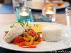 Ovnsbakt sei med lun paprikasalat og ris | TRINEs MATblogg
