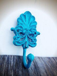 BOLD seaside aqua blue turquoise ORNATE shell wall hook // distressed shabby cottage chic // cast iron towel coat hook //  vintage beach
