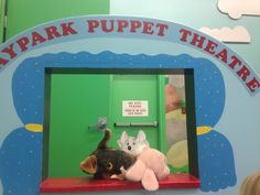 #FlatChuckE the girls r putting on a puppet show & the silly puppets are trying to eat Chuck E