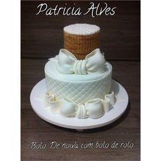 Bolo de noiva com bolo de rolo!  Duas delícias em um bolo só !