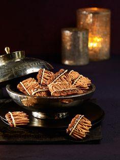 Das beliebte Weihnachtsgebäck mit Nougat und weißer Schokolade