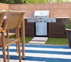 Discuss DIY Outside Kitchen Style: 10 Methods for Building a Barbeque grill Surround simply by Ann Adirondack Furniture, Outdoor Furniture Sets, Outdoor Decor, Grill Station, Backyard, Patio, Wood Projects, Bbq, Interior Design
