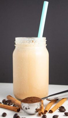 This Vanilla Cinnamon Keto Iced Coffee is your next favorite iced coffee. It's full of sweet vanilla-cinnamon flavors and is an awesome fat bomb! Keto Coffee Recipe, Coffee Recipes, Keto Smoothie Recipes, Keto Recipes, Healthy Recipes, Candy Recipes, Drink Recipes, Snacks Recipes, Keto Foods