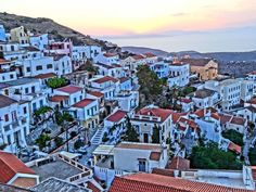 The village of Ioulida in Kea has the look and feeling of the most remote Greek island village, yet you can see Athens from the historic main square Greek Islands, Wedding Locations, Athens, Maine, Remote, Greece, Mansions, Country, House Styles