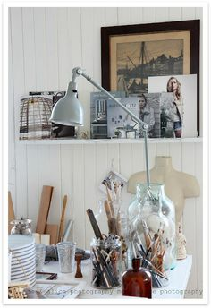 What a beautiful and inspiring desk to work on. Love the containers! They make clutter look pretty by @susanneking