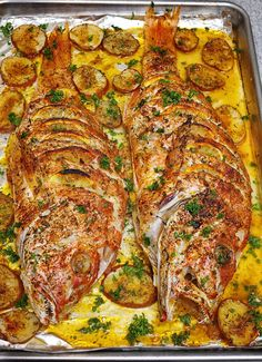 Yellowtail Snapper Recipe Baked, Baked Snapper, Baked Trout, Oven Baked Fish, Whole Trout Recipes, Whole Red Snapper Recipes, Trout Recipes Oven, Salmon Recipes, Pork Recipes