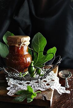 FÜGE JAM ~ Hungarian Recipes, Hungarian Food, Preserves, Candle Holders, Food And Drink, Candles, Dishes, Eat, Blog