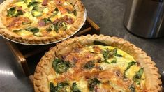 This is an easy, delicious quiche that will take no time to prepare and your friends will ask for the recipe! I have made this for numerous office gatherings and everyone raves about it! Quiche Recipes, Dog Recipes, Brunch Recipes, Cooking Recipes, Brunch Ideas, Healthy Recipes, Apple Recipes, Easy Recipes, Dinner Ideas