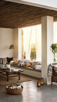 Inspirational ideas about Interior Interior Design and Home Decorating Style for Living Room Bedroom Kitchen and the entire home. Curated selection of home decor products. Lobby Design, Home Living, Living Room Decor, Living Spaces, Patio Interior, Interior And Exterior, Home Design, Home Interior Design, Ibiza Style Interior