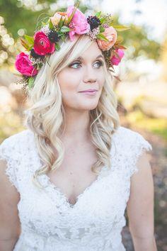 wedding hair with halo and simple wedding make up #weddinghair #halo #weddingchicks http://www.weddingchicks.com/2014/02/17/feel-good-floral-wedding-ideas/