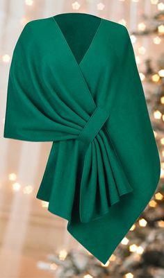 Tuck Shawl - Stays on your shoulders! The Paragon Catalog Hijab Fashion, Diy Fashion, Fashion Dresses, Womens Fashion, Stylish Dress Designs, Stylish Dresses, Mode Outfits, Stylish Outfits, African Fashion