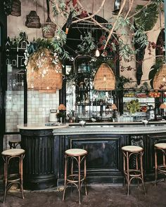 You'd Never Guess the Age of This Parisian Brasserie Coffee Shop Design, Cafe Design, Design Design, Design Ideas, Architecture Restaurant, Photo Deco, Parisian Cafe, Decoration Inspiration, Restaurant Interior Design
