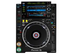 The Pioneer is the third generation of the industry-standard, Rekordbox based DJ Multiplayer CDJ range. Boasting a huge range of new features including performance-enhancing controls, improved audio quality and support for new lossless audio formats. Pioneer Cdj 2000, Pioneer Dj, Geek Culture, Arduino Mp3 Player, Turntable Setup, Mixer Dj, Dj Speakers, Dj Sound, Serato Dj