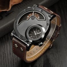 Oulm Designer Brand Luxury Watches For Men Dual Time Quartz-watch Waterproof Watch Sport Male Clock relogio masculino Style Steampunk, Steampunk Watch, Steampunk Clothing, Guangzhou, Sport Watches, Cool Watches, Men's Watches, Fashion Watches, Jewelry Watches