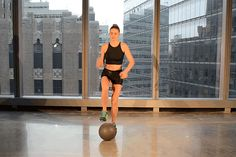 Medicine Ball Exercises: How to do the Lionel Messi