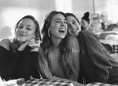 elite, elite netflix y ester expósito imagen en We Heart It Series Españolas Netflix, Series Movies, Netflix Time, Gossip Girl, Danielle Fishel, Elite Squad, Make Up Inspiration, Girls Rules, Best Series