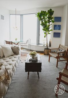 Casey's Apartment - The living room area is very cozy and inviting. - @Homepolish New York City