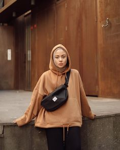 outfit of the day - Hijab+ Modern Hijab Fashion, Street Hijab Fashion, Hijab Fashion Inspiration, Muslim Fashion, Modest Fashion, Hijab Casual, Hijab Chic, Ootd Hijab, Hijab Elegante
