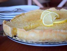 je libo něco pro posílení imunity? s vitamínem C? 🍋 dejte si citronový koláč!! 😂😂#homemade #lemon #lemontart #tarteaucitron #cake #kolac #citronovykolac #pie #instabake #baking #peceni #bakingmom #yummy #homebaker #homebaked #foodie #foodpic #foodphoto #foodlover #foodporn #foodgasm #czech #czechrepublic #avecplaisircz Camembert Cheese, Dairy, Pie, Food, Lemon Tarts, Torte, Cake, Fruit Cakes, Essen