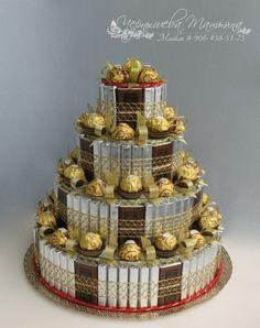 Torte aus Süßigkeiten