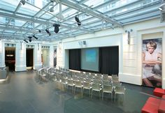 Show and presentation stage with integrated videoprojection system Experiential Marketing, Conference, Stage, Presentation, Furniture, Home Decor, Decoration Home, Room Decor, Home Furnishings