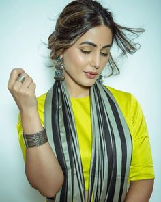 Designer Party Wear Dresses, Indian Tv Actress, Bridal Photoshoot, Tv Actors, Fashion Poses, Indian Celebrities, Indian Dresses, Beautiful Actresses, Blouse Designs