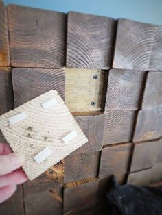 diy headboard a custom removable diy wood block headboard for cheap, bedroom ideas, diy, how to, woodworking projects Wood Headboard, Headboards For Beds, Headboard Ideas, Nightstand Ideas, Custom Headboard, Diy Wall Art, Wood Wall Art, Wood Walls, Custom Woodworking