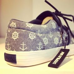 Fabulous Tips: White Shoes Fashion valentino shoes blush.Cute Shoes Running. Nautical Shoes, Nautical Fashion, Nautical Anchor, Nautical Style, Nautical Theme, Fall Shoes, Winter Shoes, Outfit Winter, Summer Shoes