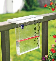 The Weather Channel, Waterfall rain gauge by La Crosse