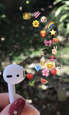 Iphone Wallpaper Sea, Beachy Wallpaper, Cute Emoji Wallpaper, Cute Wallpaper Backgrounds, Tumblr Wallpaper, Pretty Wallpapers, Aesthetic Iphone Wallpaper, Emoji Tumblr, Emoji Photo
