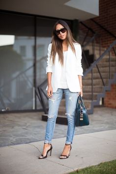 Simple workwear   I love the basis of this outfit   It's too bad this is for someone 6-7 years older than me
