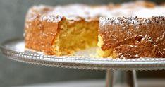 Sitrushedelmät ovat parhaimmillaan (ja samalla myös edullisimmillaan) juuri nyt. Niinpä niistä kannattaa ottaa ilo irti. Minä ainakin o... Vanilla Cake, Desserts, Tailgate Desserts, Deserts, Postres, Dessert, Plated Desserts