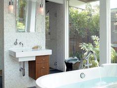 a garden bathroom : ]