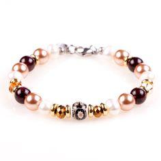 Beaded Bracelets, Jewelry, Fashion, Bead, Moda, Jewlery, Jewerly, Fashion Styles, Pearl Bracelets