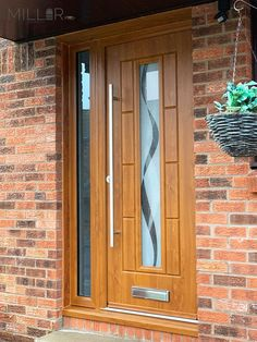 An industry-leading manufacturer of tailor-made composite doors, stable doors and french doors with unmatched strength and security. Oak Front Door, Back Doors, Composite Door, Light Oak, Wood Doors, Vermont, Porches, Bungalow, Barn