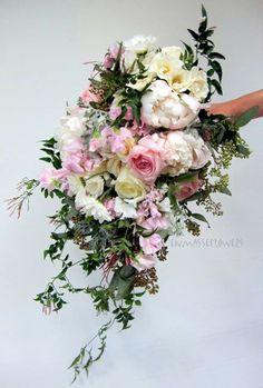 Enmasseflowers Cascading Wedding Bouquets, Wedding Flowers, Pink Bouquet, Flowers Nature, Dear God, Bride Groom, Got Married, Floral Arrangements, Florals