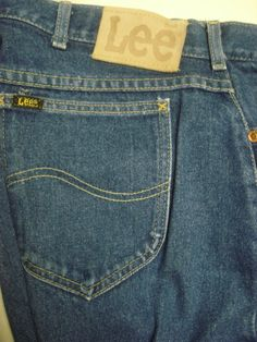 Mens Vtg. LEE JEANS Blue Denim STRAIGHT Leg 100% Cotton Made in the USA 38 X 32 #Lee #ClassicStraightLeg