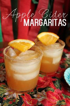 Apple Cider Margaritas. The perfect #Christmas #cocktail.