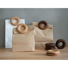 Wooden Doughnut Sealing Clips for Food and Snack - FeelGift Kitchen Organization, Kitchen Storage, Storage Organization, Food Clips, Wooden Bag, Girls Showing Off, Bag Clips, Novelty Items, Cheap Bags