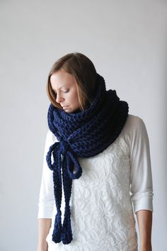 inspiration- Chunky Cowl Scarf Wrap With Ties / THE YORKTON / Navy by ozetta
