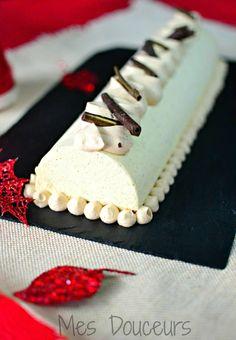 Bûche de Noël Vanille Crémeux Chocolat Tonka.