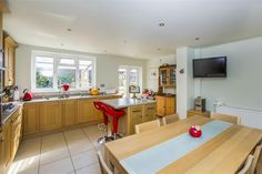 Uppingham Road, Leicester - 5 bedroom detached house - Connells