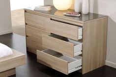 Comoda dormitorio outlet Bedroom Bed Design, Tv In Bedroom, Bedroom Dressers, Closet Bedroom, Bedroom Decor, Chest Of Drawers Design, Drawer Design, Mdf Furniture, Furniture Design