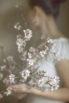 ❀ Flower Maiden Fantasy ❀ beautiful photography of women and flowers - Early spring