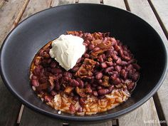 Frijoles colorados y anacates Chicharrones, Red Beans, Chili, Soup, Cooking, Lust, Recipes, Smoked Ribs, Favorite Recipes