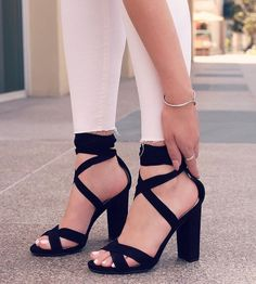 high heels – High Heels Daily Heels, stilettos and women's Shoes Dream Shoes, Crazy Shoes, Me Too Shoes, Lace Up High Heels, Black High Heels, Black Heels Outfit, Black Shoes, Black Chunky Heels, Sandals Outfit