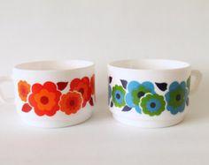 Arcopal Lotus flower cup France 1970 set of 2