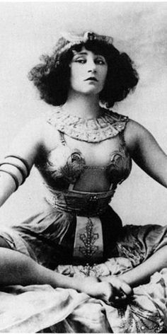 """3 janvier 1907 - publicité pour le mimodrame """"Rêve d'Égypte"""" - ce qui provoqua le scandale du Moulin-Rouge"""
